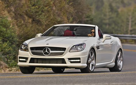 best r in 2013 2017 2016 mercedes slk gets a few updates ahead of 2017