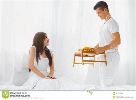 how to make your wife happy in bed how to make your man happy in bed how to make a man happy