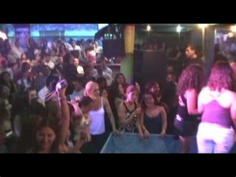 chicos hombres camiseta mojada studio latino discoteca camisetas mojadas chicos 2 youtube