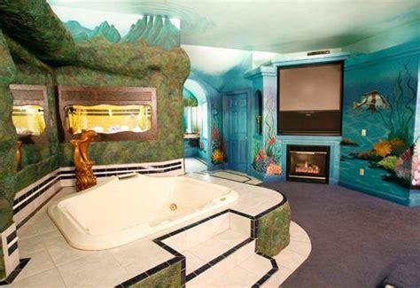 Theme Hotel Pocatello | black swan inn luxurious theme suites pocatello compare