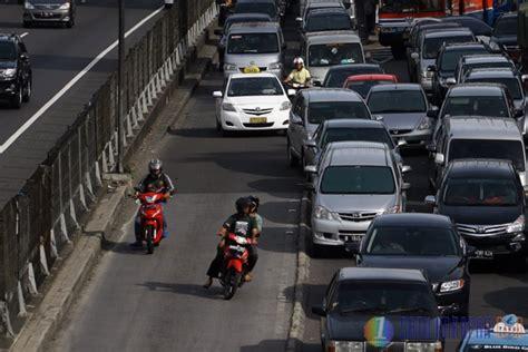 Cctv Untuk Sepeda Motor satu harapan pasang kamera pengintai untuk pelanggar jalur busway
