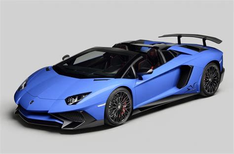 lamborghini aventador sv roadster blue lamborghini aventador sv roadster breaks cover at pebble beach