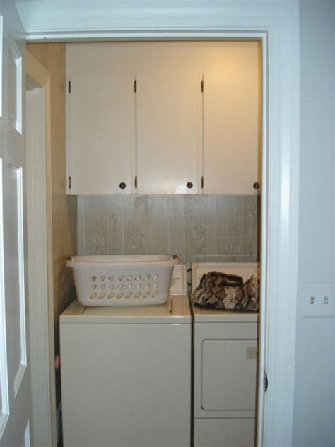 Diy Small Laundry Room Makeover by Everyday Exceptional Diy Laundry Room Makeover