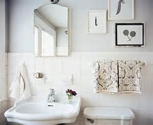Small Vintage Bathroom Ideas Inspirations Vintage Small Bathroom Color Ideas Vintage