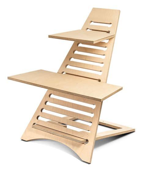 Diy Sit Stand Desk Best 25 Sit Stand Desk Ideas On Pinterest Standing Desks Standing Desk Height And Sit To Stand