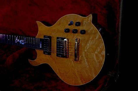 Richard Handmade - richard levitch handmade guitar apprentice to sam koontz
