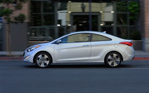 2013 hyundai elantra coupe side 2 jpg photo 11
