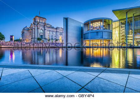 paul löbe haus berlin reichstag banque d images photo stock 127425670 alamy