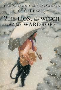 reading narnia the the witch and the wardrobe