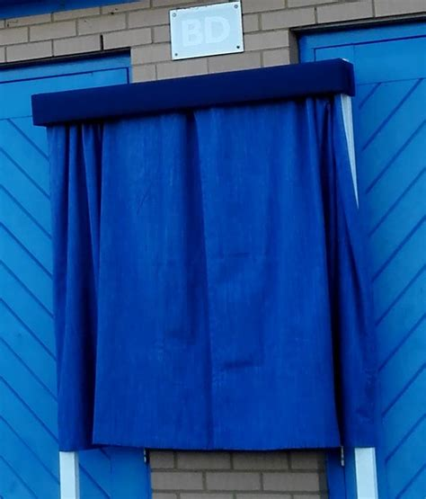 drapes for hire unveiling curtiains hire plaque ceremonial curtains