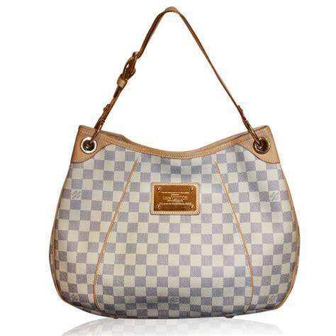 lv bag pattern louis vuitton says byebye to damier pattern