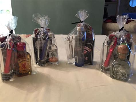 Baby Shower Prizes For Guys by Prize Ideas For Baby Shower Ideas