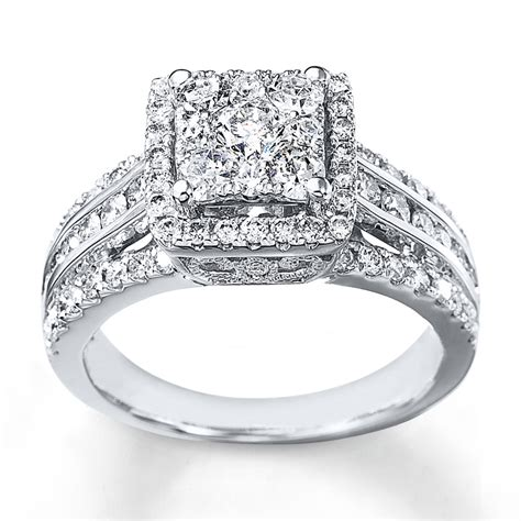 engagement ring 1 1 2 cts tw cut 14k