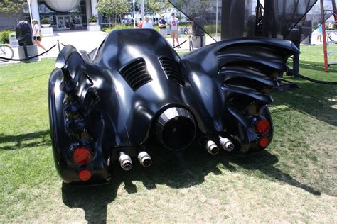 Batmobile Batman Returns comic con batmobiles collider