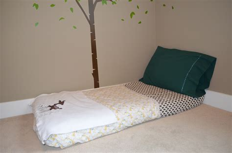 floor bed bedroom montessori