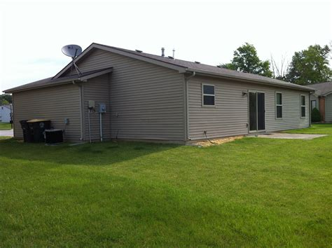 section 8 fort wayne 513 copperfield drive fort wayne in 46825 for rent in