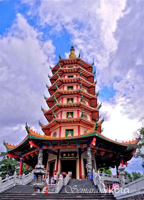 vihara buddhagaya vihara tertinggi di indonesia
