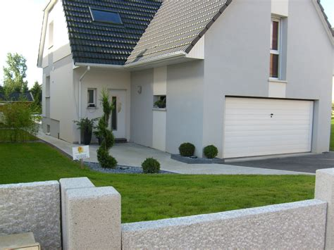 Amenagement Porche Maison by Amenagement Cour De Maison Excellent Maison With
