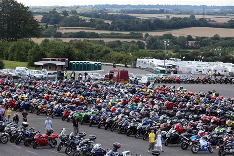 Motorradrennen Jerez 2019 by Queue Chaos At Donington Motogp Mcn