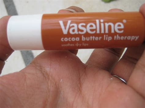 Lip Therapy vaseline cocoa butter lip therapy review