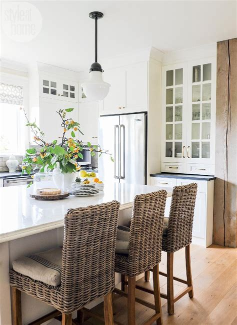 white dutch colonial revival entry luxe interiors 25 best dutch colonial ideas on pinterest dutch