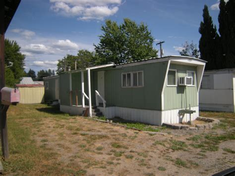 two bedroom trailer for rent two bedroom one bath mobile for rent at the kanisku