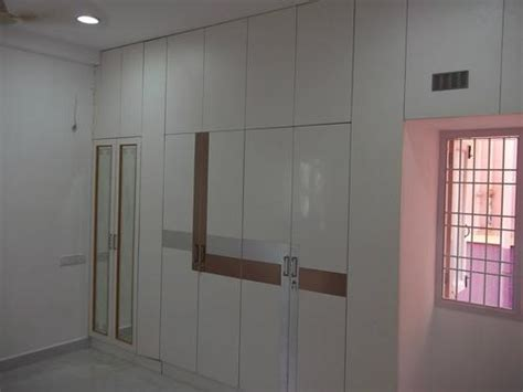Laminate Wardrobe Door Designs by Wardrobe Door Design Laminate