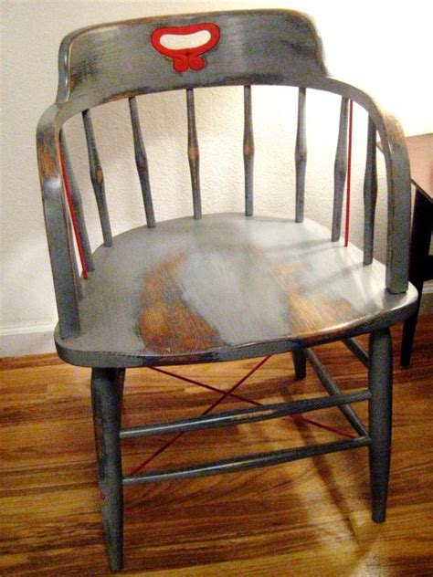paint wood furniture   aged   tos diy