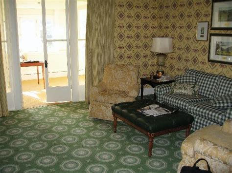 old fashioned living room old fashioned southern charm the omni homestead resort
