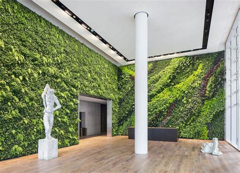 doesnt love  living wall