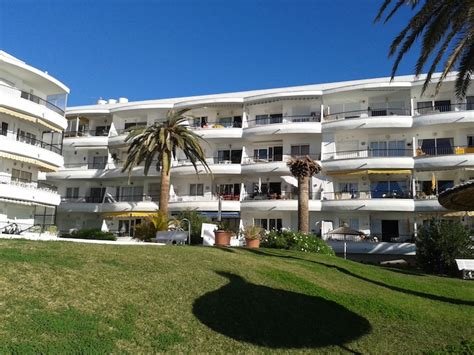 nerja appartments nerja holiday accommodation apartments and villas