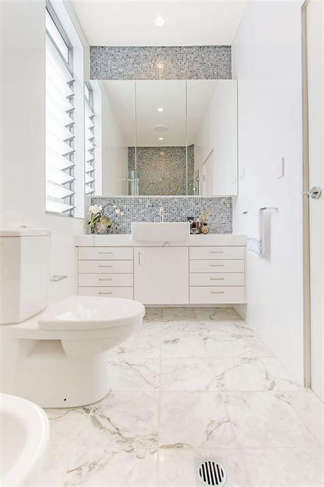 bilder kleinen badezimmer makeovers 36 besten bad bilder auf badezimmerideen