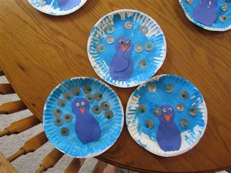 Peacock Paper Plate Craft - peacock paper plate craft teaching animals and research