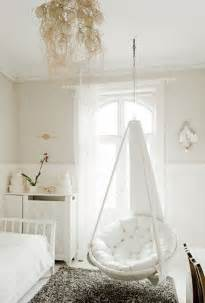 hanging chairs for bedrooms hanging papasan chair home ideas pinterest papasan chair sweet home and swing chairs