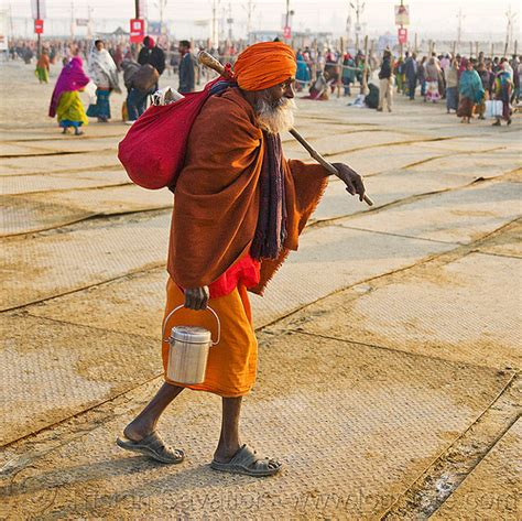 walking alone a pilgrim s guide to the inner journey books hindu pilgrim at kumbh mela 2013 india