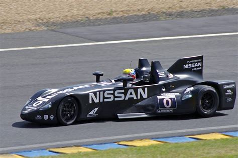 nissan race car delta wing file nissan deltawing highcroft racing le mans 2012 jpg
