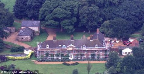 Balmoral Castle Floor Plan william and kate will kate and wills be handed mansion