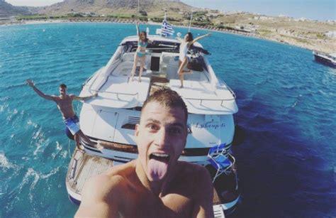 jovana stojiljkovic glumica instagram sve se vidi baš sve vrele ljubavne scene bogdanovićeve