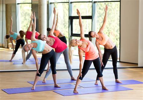 tutorial de grupo yoga el yoga puede prevenir 5 de las causas m 225 s frecuentes de