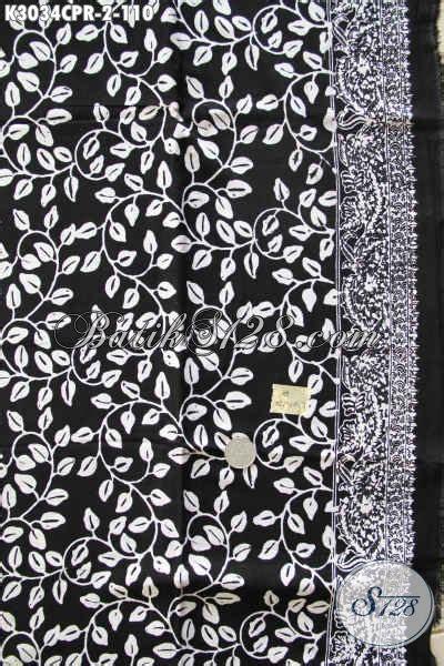 Pari Cape Batik batik modern monokrom hitam putih batik halus
