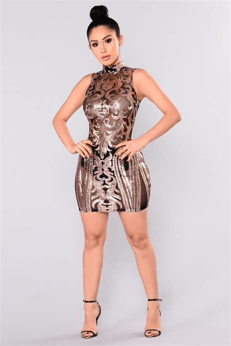 Kalung Fashion Rosegold 1 attention sequin dress black gold