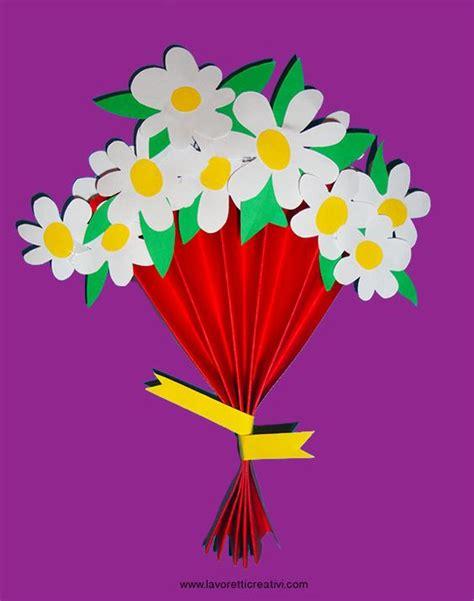 fiori da regalare alla mamma bouquet con margherite di carta da regalare alla mamma per
