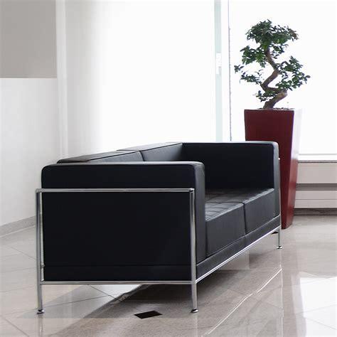 sofa mit einer armlehne name bosse bietet premium service f 252 r architekten und planer