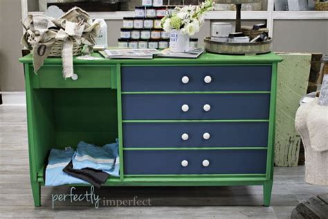 diy green chalk paint 1000 ideas about antibes green on sloan