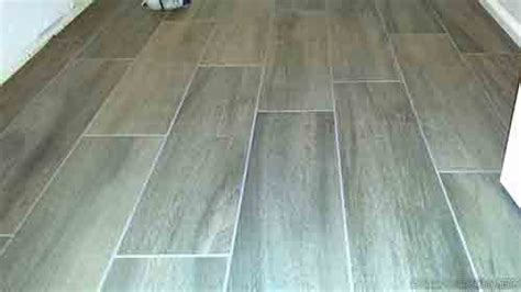 random pattern wood look tile more tips for installing wood look tile flooring diytileguy