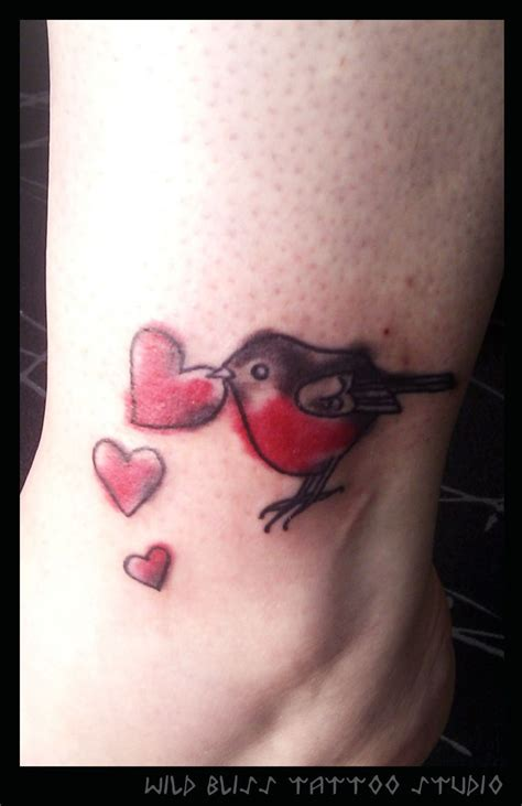 robin heart tattoo bird tattoos pinterest heart