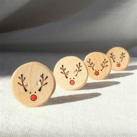 Handmade Reindeer - handmade reindeer buttons pyrography wood button diy