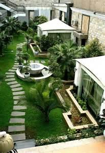 Backyard Landscaping Designs by Best 25 Rooftop Gardens Ideas On Pinterest Rooftop