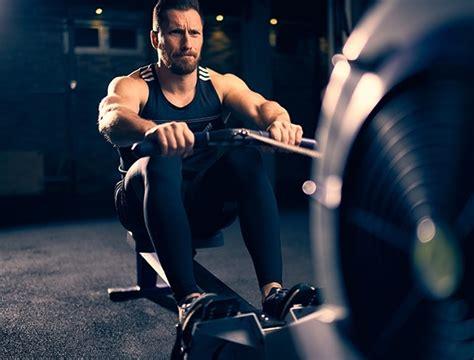 roeien sportschool the benefits of a rowing machine men s health