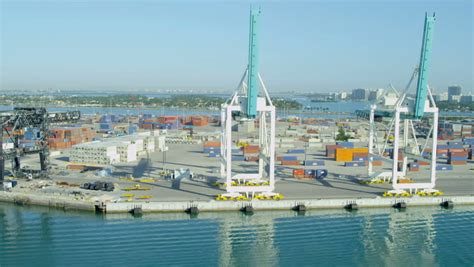 Mba Shipping Port Fl by Aerial View Portmiami International Shipping Container